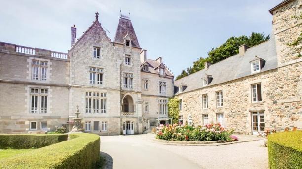 chateau du val vue facade e61cf