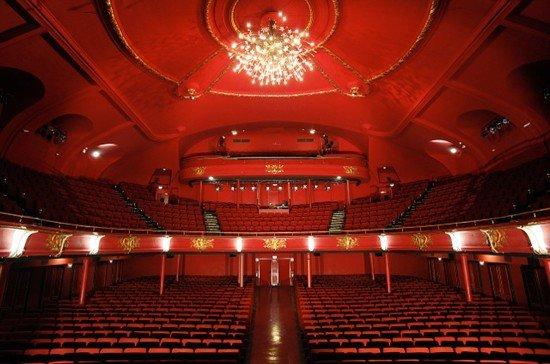 800x600 theatre sebastopole 7097